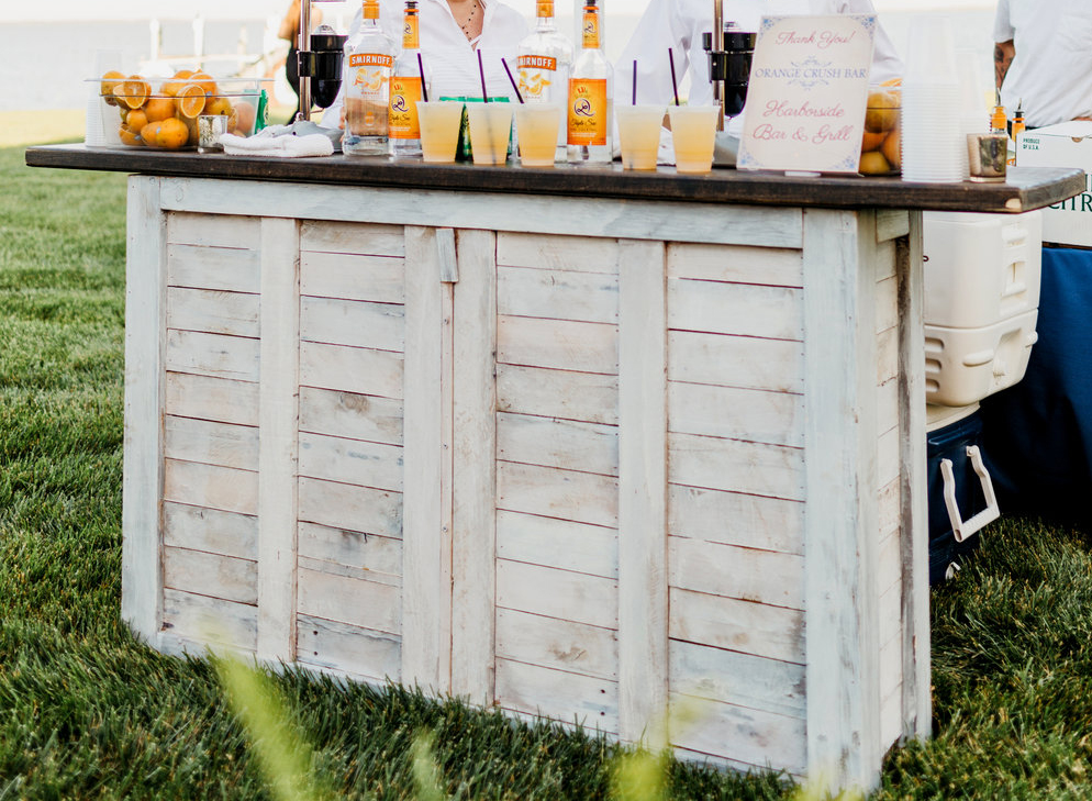White Wash Pallet Bar